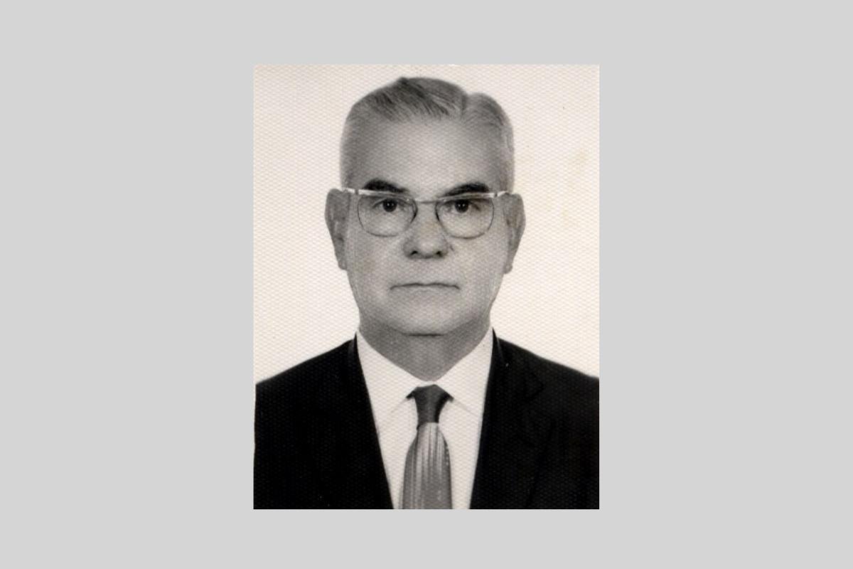 Senador Oscar Passos